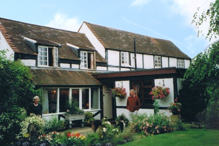Clive and Anna Rooke of Frogfurlong-Cottage Bed and Breakfast Guest House Down Hatherley Gloucester