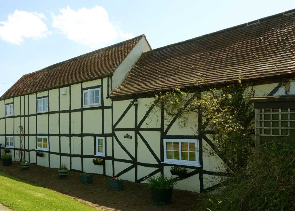 Frogfurlong-Cottage-Country Guest House Down Hatherley