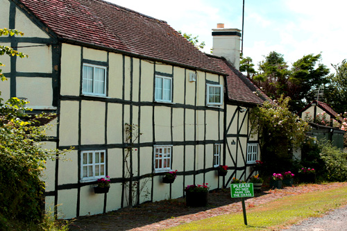 Frogfurlong Cottage bed and breakfast Down Hatherley Gloucestershire