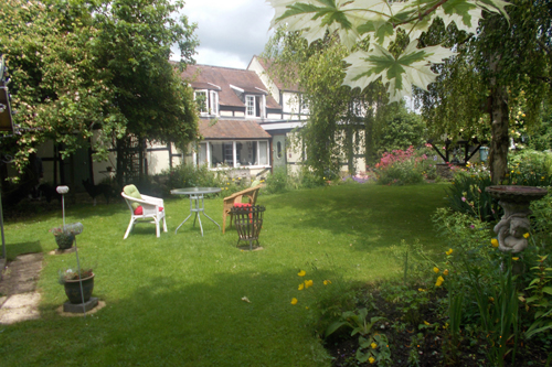 Frogfurlong Cottage garden lawn