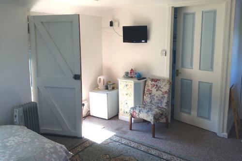Garden Room, door-view.